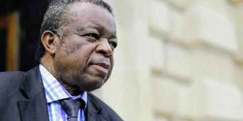 Photo of État d'urgence en RDC : Dr Muyembe sollicite un moratoire avant sa levée…