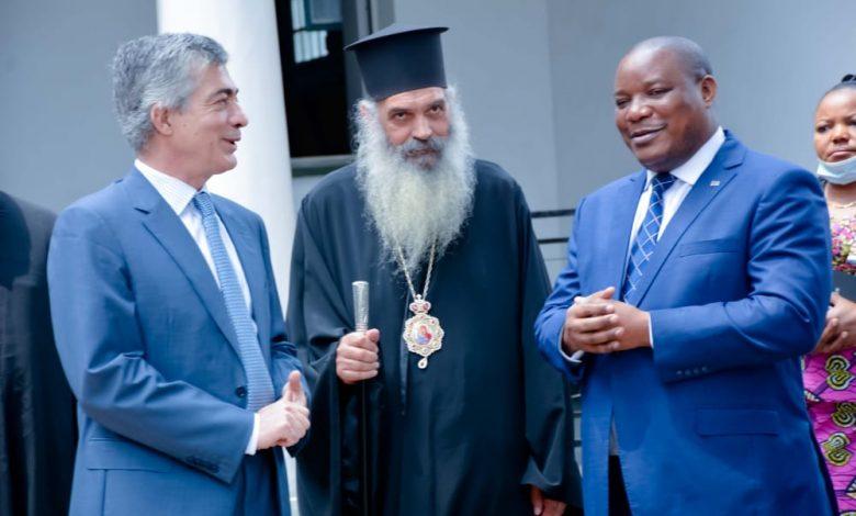Photo of Environnement et Développement Durable: l'Église Orthodoxe dit oui à la sensibilisation d'implémentation du projet jardins scolaires,1 milliard d'arbres à l'horizon 2023.