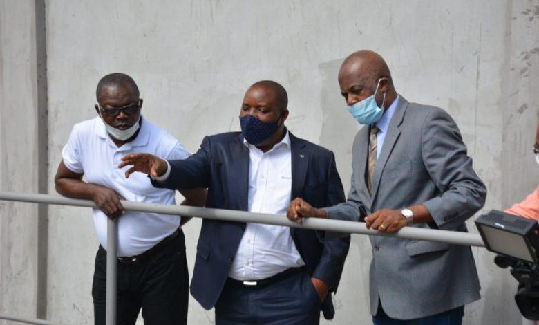 Photo of Conséquences de l'exploitation industrielle sur l'environnement : Claude NYAMUGABO chez les fabricants des cosmétiques