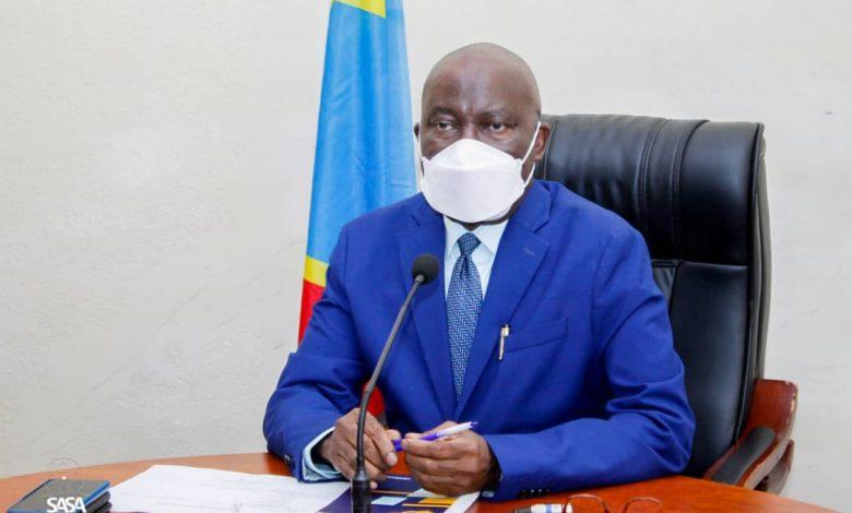 Photo of Kasaï Central : le gouverneur a.i. Ambroise Kamukuny Mukinayi décédé à Kinshasa