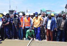 Photo of Grâce à l'esprit managérial du gouverneur de la ville de Kinshasa Gentiny Ngobila, la commune de Ngaba signe une charte de coopération avec la ville de d'Évreux