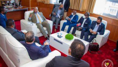Photo of Le développement économique de la RDC au cœur des échanges entre le Ministre d'État au Budget Aimé Boji et l'entreprise Sud-africaine Guma Group