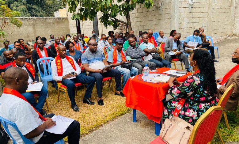 Photo of AFDC/Lukunga: Immaculée Cibalonza clôture l'installation des comités des bases des communes politiques au cours d'une grande cérémonie au mois d'octobre 2021